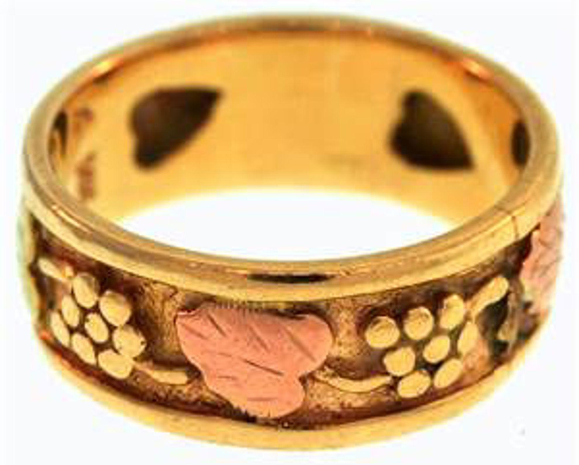 Picture of Ladies' Rings 10kt-3.5 DWT, 5.4 Grams