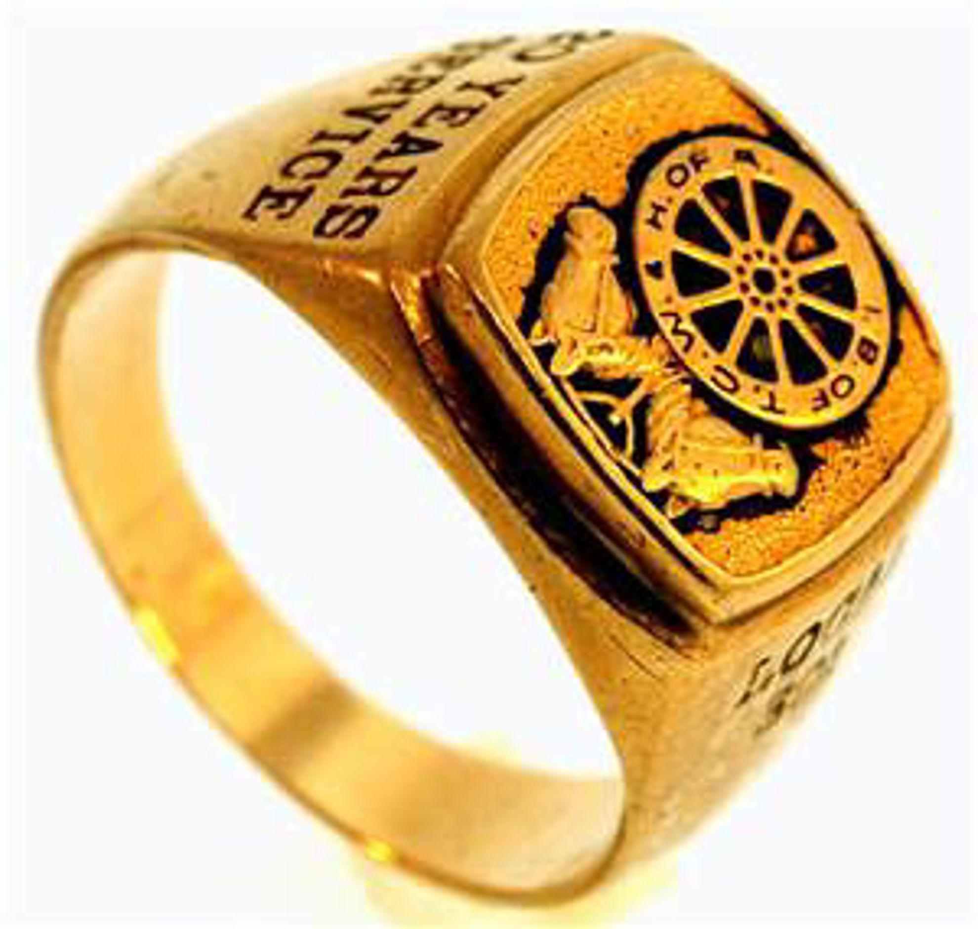 Picture of Men's Rings 10kt-9.9 DWT, 15.4 Grams